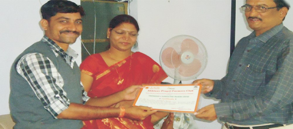 Mrs. Swati shingade and group of officer while giving training certificate for trainee for completing his training.